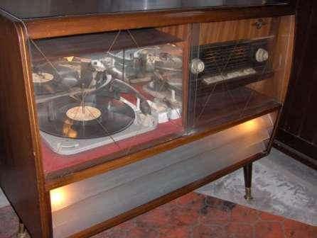 Oude radio Novelty