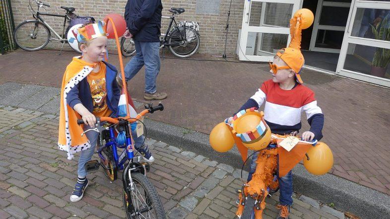 Koningsdag 2018 Heenvliet Versierde Fietsentocht